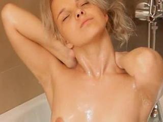 Shaving of sleek 18yo blonde pussy